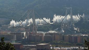 Italien Genua   Abriss der Morandi Brücke