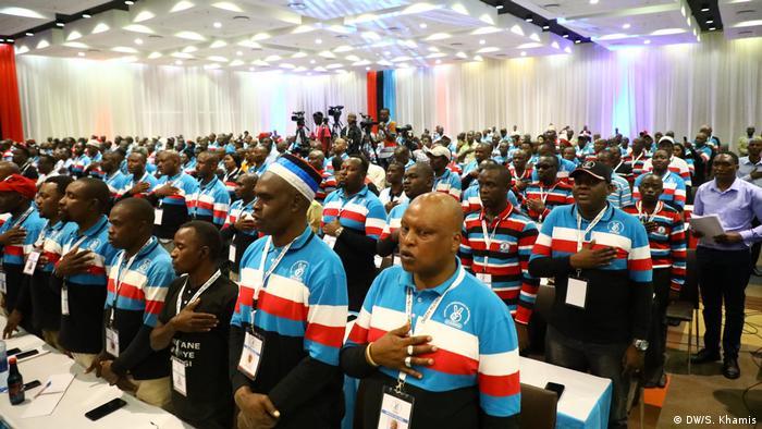 Tansania Wahlen | Treffen der Chadema-Delegierten in Dar es Salaam (DW/S. Khamis)