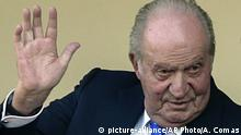 FILE - In this file photo dated Sunday, June 2, 2019, Spain's former King Juan Carlos waves at the bullring in Aranjuez, Spain. The royal family's website on Monday Aug. 3, 2020, published a letter from Spain's former monarch, King Juan Carlos I, saying he is leaving Spain to live in another country, amidst a financial scandal. (AP Photo/Andrea Comas, FILE) |