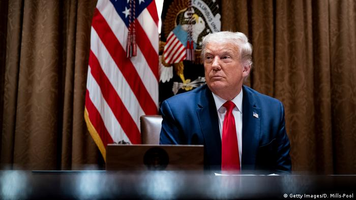 USA Washington   Donald Trump im Treffen mit US-amerikanischen Arbeitnehmern aus der Technikbranche
