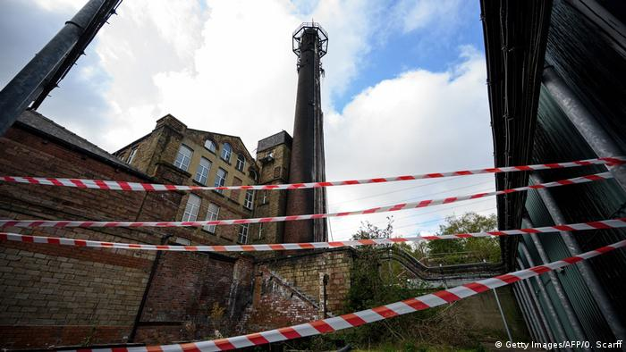 Großbritannien | Beschädiger Telekommunikationsmast in Huddersfield