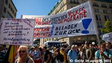 Berlin I Proteste gegen Corona-Auflagen I Day of Freedom