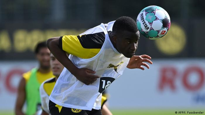 Deutschland | Fußball Bundesliga Borussia Dortmund Training Youssoufa Moukoko