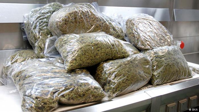 drugs in plastic parcels (BKA)
