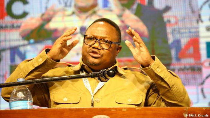 Tansania Dar es Salaam | Politiker | Tundu Lissu (DW/S. Khamis)