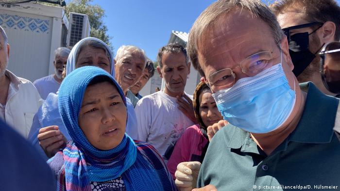 Armin Lašet u avgustu 2020. u izbegličkom centru na grčkom ostrvu Lezbos