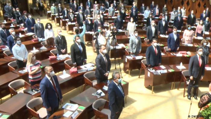Nordmazedonien | Skopje | Sitzung des neuen Parlaments