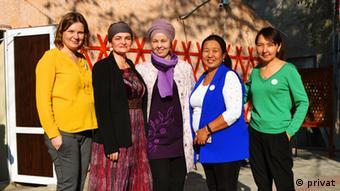 Марен Эрнст (вторая слева) вместе с коллегами в Бишкеке