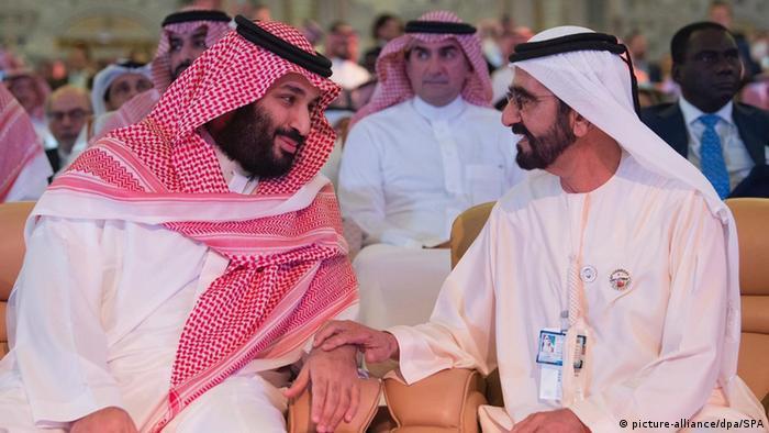 Наследный принц Саудовской Аравии Мохаммед бен Сальман (слева)