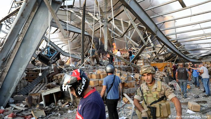 Libanon | Gewaltige Explosion in Beirut (Getty Images/AFP/A. Amro)