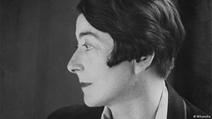 Architect Eileen Gray (Wikipedia)