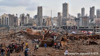 Libanon   Gewaltige Explosion in Beirut (Getty Images/AFP/STR)
