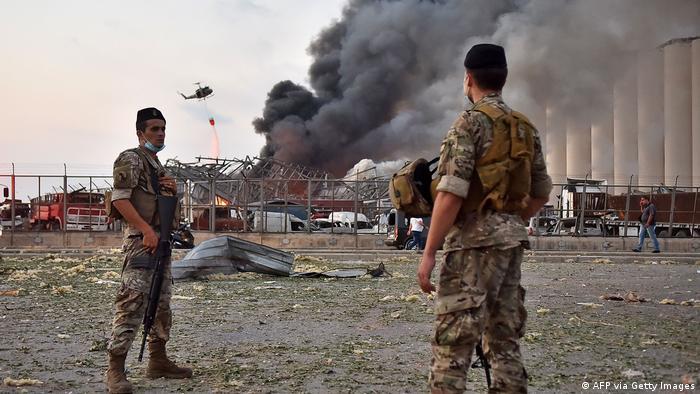 ارتش لبنان وظیفه تامین امنیت بخشهایی از بیروت را در دست گرفته است. بسیاری از کشورهای جهان از جمله آمریکا، اسرائیل و ایران با خانواده قربانیان ابراز همدردی کرده و گفتهاند که آماده کمک به لبنان هستند.