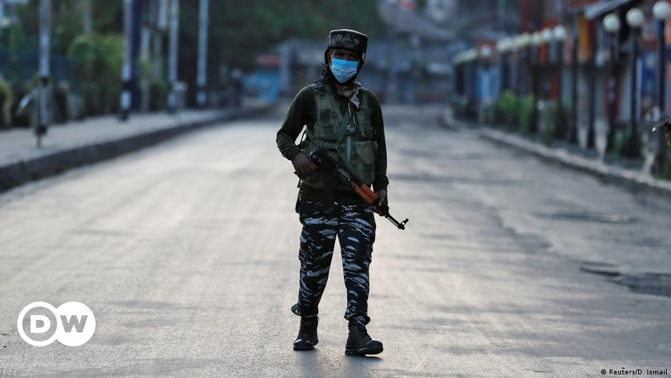 Kashmir: Militants target non-locals amid tensions over land laws