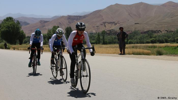 Competencia ciclística en Afganistán en la que participaron 47 mujeres atletas en 2020.