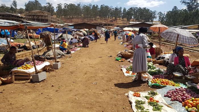 Äthiopien | Traditioneller Markt in Debre Markos