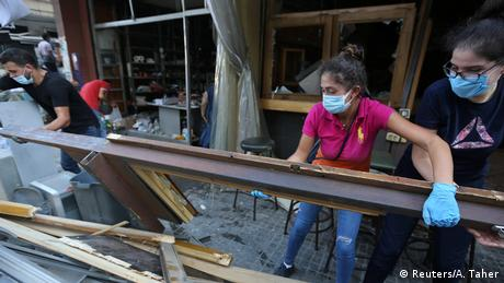 Libanon Beirut Ausmaß der Zerstörungen nach Explosion im Hafenviertel (Reuters/A. Taher)