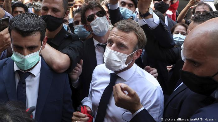 Libanon, Beirut: Emmanuel Macron (picture-alliance/dpa/AP/B. Hussein)