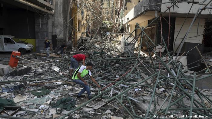 Libanon nach Explosion in Beirut (picture-alliance/AP Photo/B. Hussein)