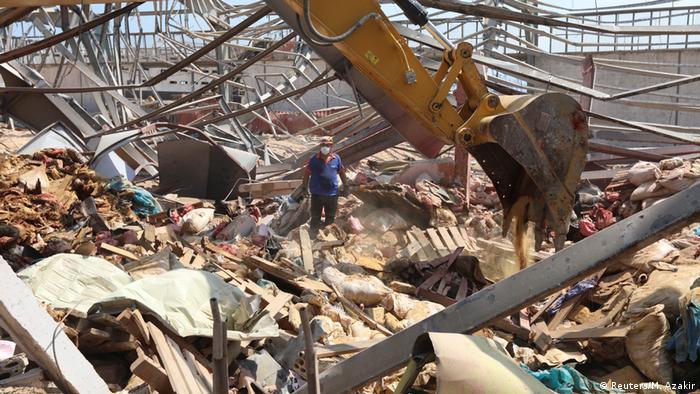 Beyrut'ta hâlâ 60 kişi kayıp