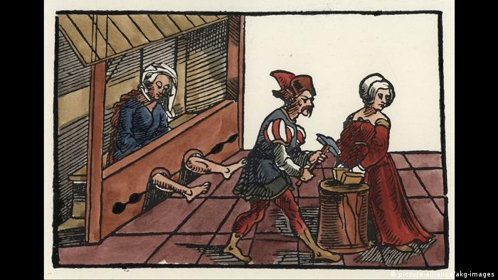 16th-century woodcut depicting torture methods for women (picture-alliance/akg-images)