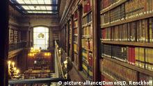 Nordspanien: Santander - Privatbibliothek von Menéndez Pelayo   Verwendung weltweit