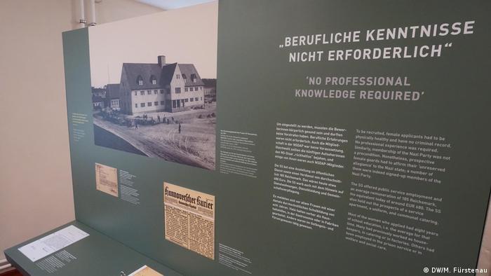 Deutschland KZ-Gedenkstätte Ravensbrück | Ausstellung Im Gefolge der SS