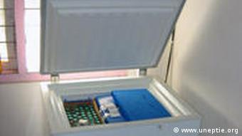Kühlbox mit geöffnetem Deckel (Quelle: www.uneptie.org)