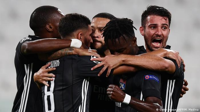 Champions League - Juventus v Olympique Lyonnais | Tor Memphis Depay (Getty Images/AFP/M. Medina)