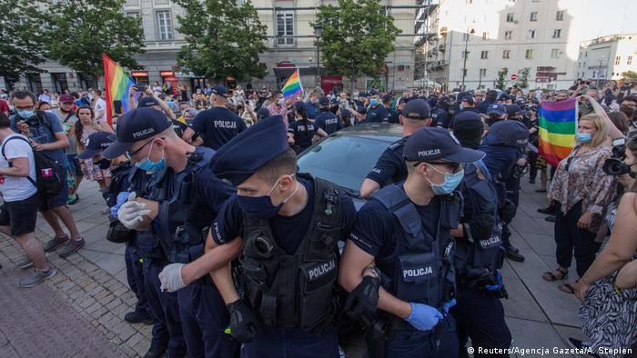 Protesti LGBT u Varšavi