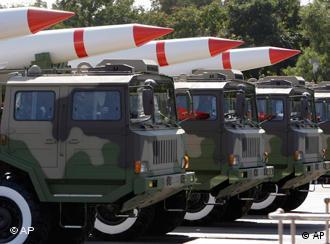 Chinesische Raketen auf einer Militärparade