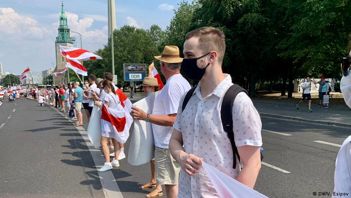 Белорусы на марше протеста в Берлине 9 августа