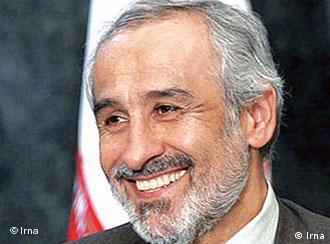 الیاس نادران نماینده مجلس شورای اسلامی: بمب ارزی دولت، مثل بمب عباس میرزا داخل کشور را منفجر کرد
