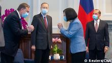 Taiwan Präsident Tsai Ing-wen empfängt Alex Azar