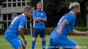 Peter Neururer, entraîneur en chef
