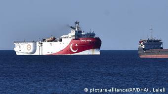 Türkisches Forschungsschiff Oruc Reis zur Gaserkundung im Mittelmeer