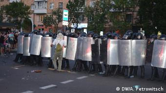 Милицейский кордон в Бресте а августе 2020 года
