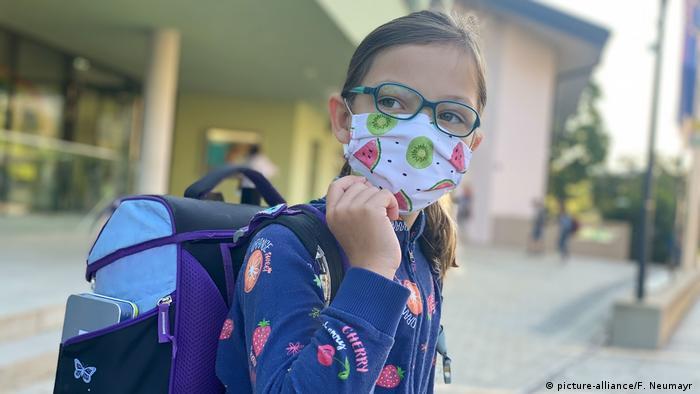Schulbeginn nach der Corona Krise (picture-alliance/F. Neumayr )