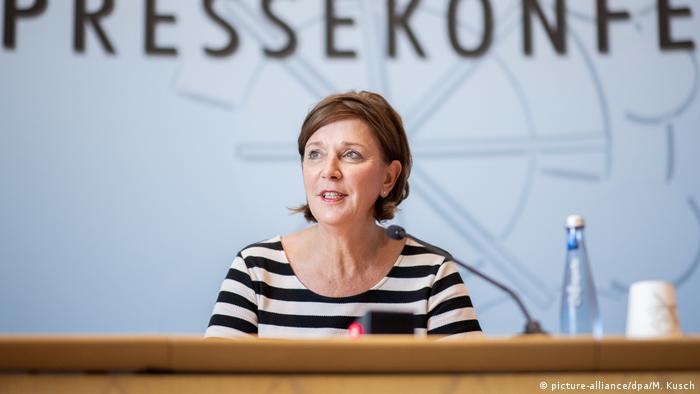 Coronavirus | Deutschland | PK zu Schulbeginn NRW Schulministerin Gebauer