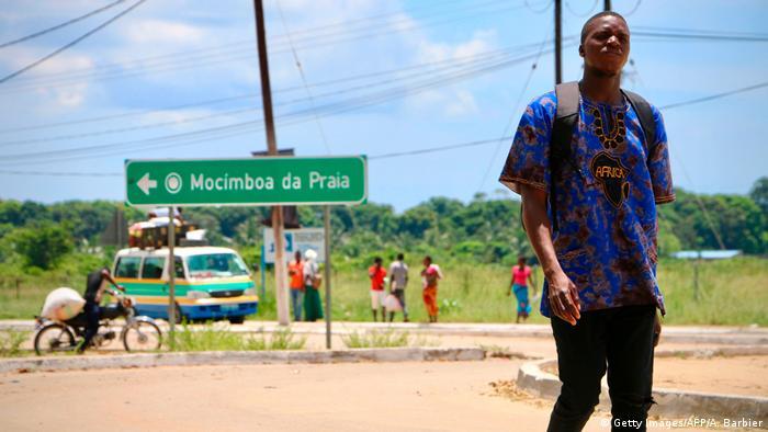 Mosambik Mocimboa da Praia Ortsschild
