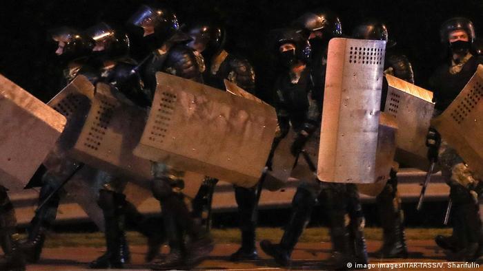 Belarus | Minsk Polizei Proteste Massenverhaftungen