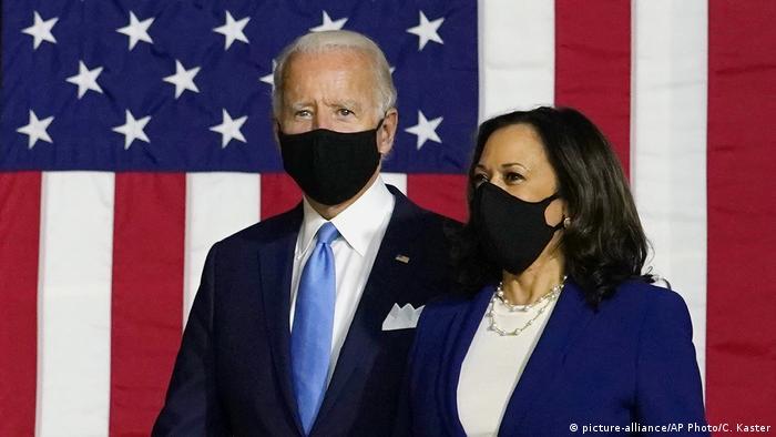 USA Wahlen Joe Biden und Kamala Harris (picture-alliance/AP Photo/C. Kaster)