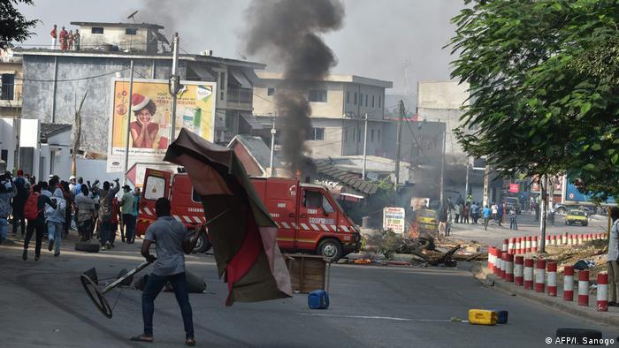 Elfenbeinküste   Protest in Abidjan gegen Ouattara für eine dritte Amtszeit