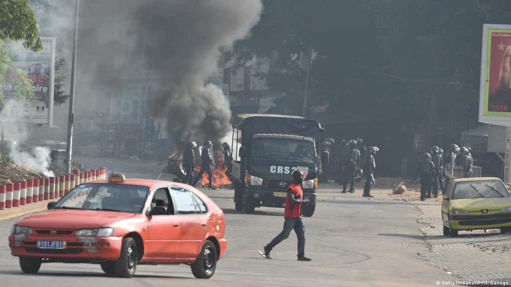 Calme précaire à Abidjan avant de nouvelles manifestations | Afrique | DW |  14.08.2020