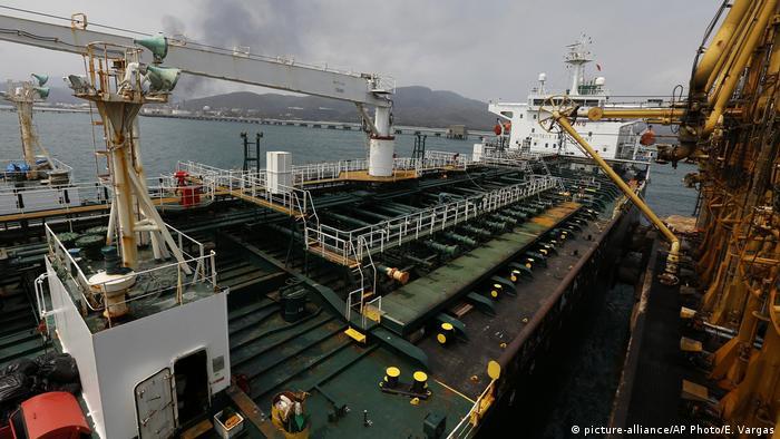 نفتکش ایرانی فورچون در بندر ال پالیتو ونزوئلا