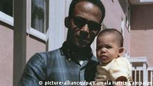 Kamala Harris auf dem Arm ihres Vaters Donald (picture-alliance/dpa/Kamala Harris Campaign)
