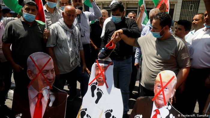 Palästina | Annäherung zwischen Israel und den Vereinigten Arabischen Emiraten | Protest in Nablus (Reuters/R. Sawafta)