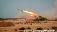 Iran Militärübung Revolutionsgarden mit Raketen