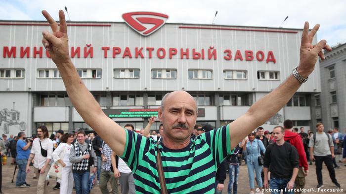 Protesters in Minsk