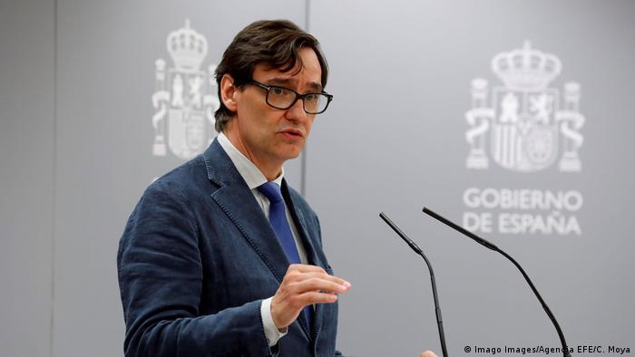 Spanien Gesundheitsminister Salvador Illa (Imago Images/Agencia EFE/C. Moya)